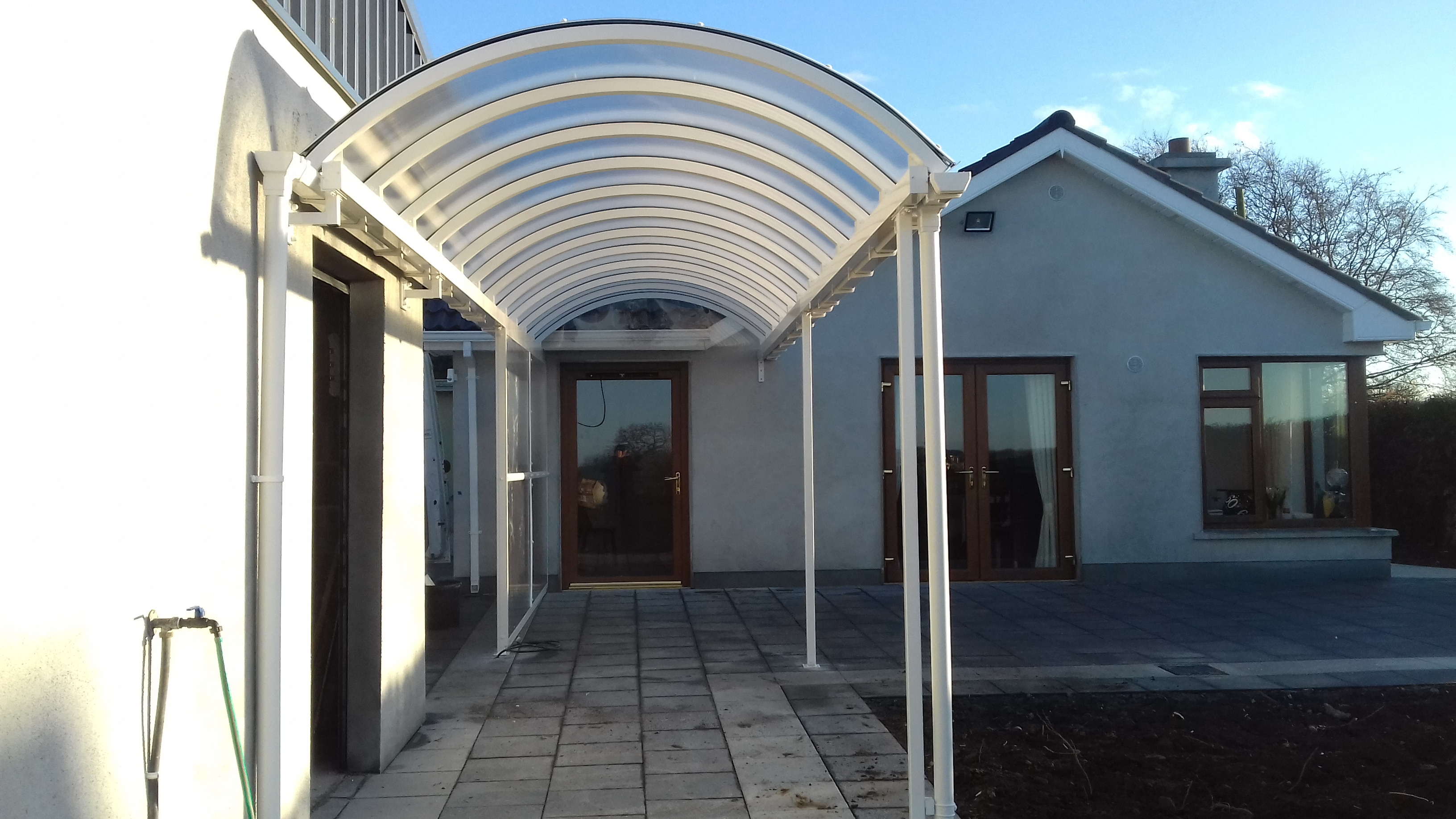 Multicover – Covered Walkways